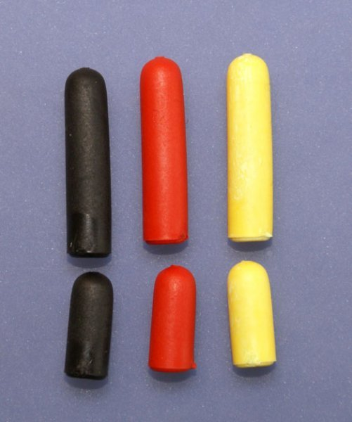 6 Stück Schalterkappen schwarz, rot,  gelb 991005